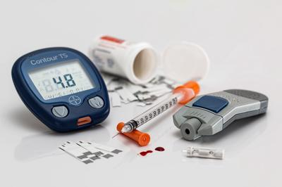 Lantus Insulin and Blood Sugar Monitoring for Diabetes